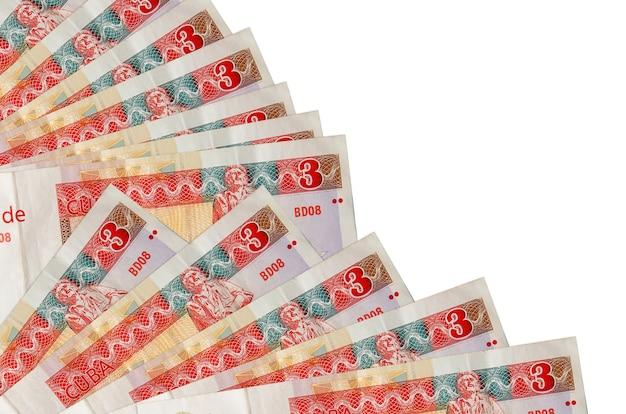 Rachunki wymienialne peso kubańskie leży na białym tle
