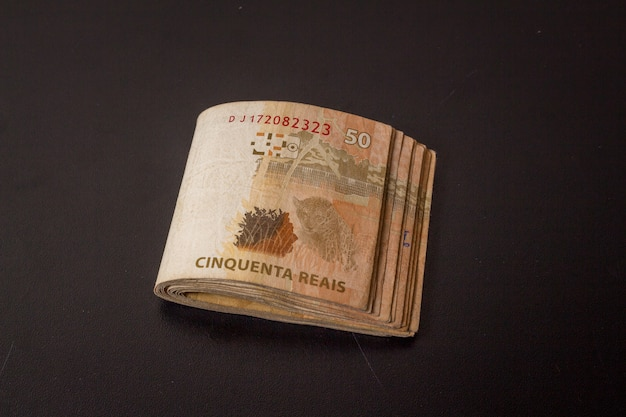 Rachunki z brazylijskiej waluty