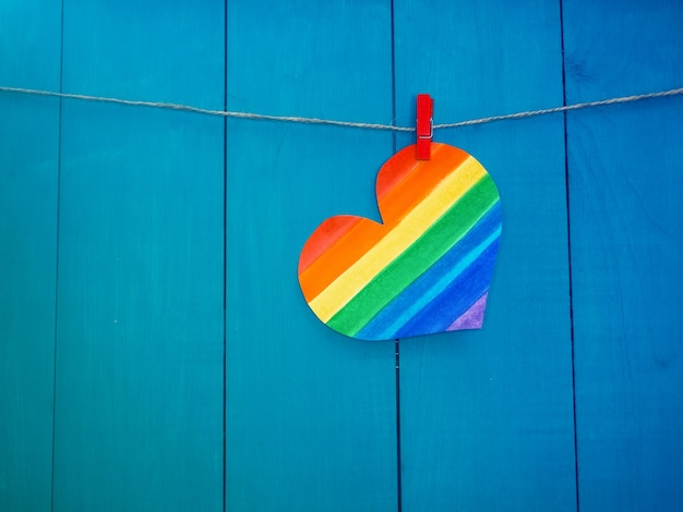Rainbow heart, koncepcja ruchu lgbt. kolory lgbt, tapeta miłosna, walentynki.