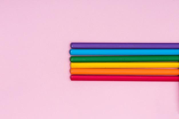 Rainbow kolorowe ołówki lgbt