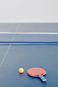 Rakieta do ping-ponga i piłka