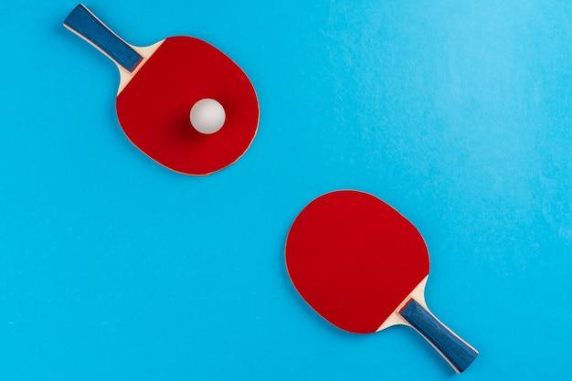 Rakieta do ping ponga i piłka