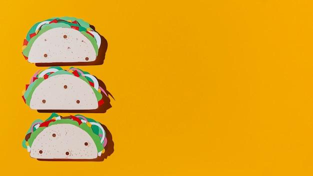 Rama tacos z papieru leżącego na płasko