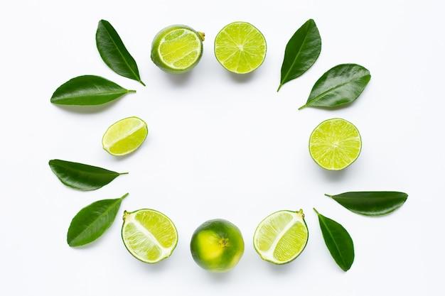 Rama wykonana z limonki z liśćmi