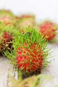 Rambutan, pyszny owoc tropikalny.