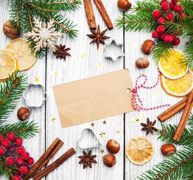 Ramka świąteczna - czysty papier z dekoracją