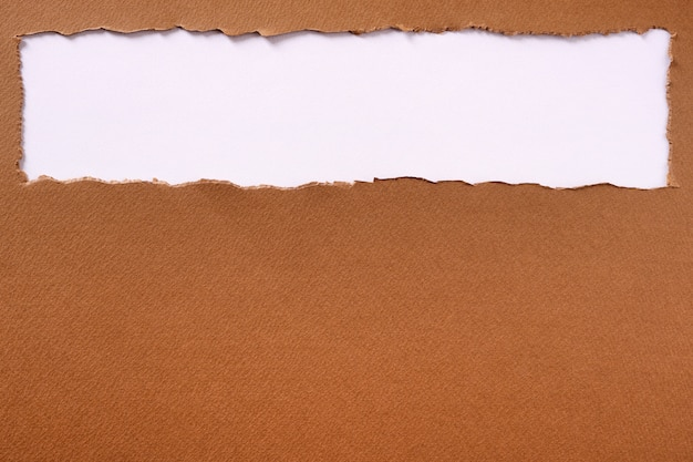 Ramka tła nagłówka rozdarty papier brązowy górna krawędź
