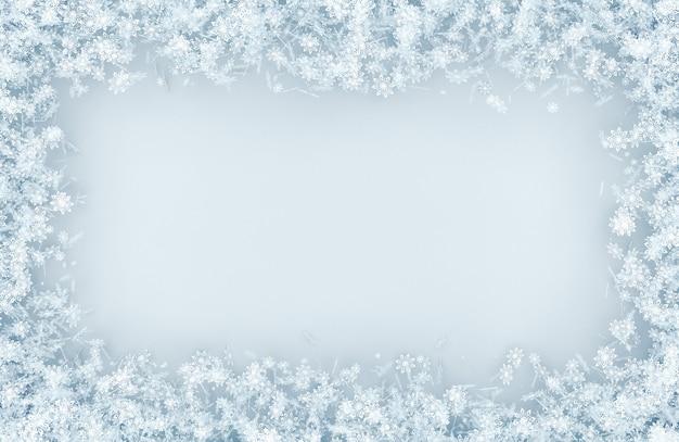 Ramka z różnych płatków śniegu
