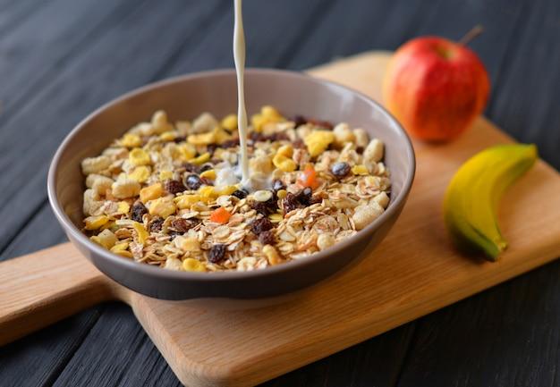 Rano zdrowe śniadanie, dieta owsianka owsiane musli musli