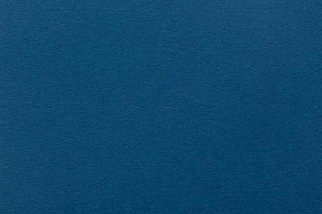 Rch ciemnoniebieskie tło lub niebieski papier. wysokiej jakości tekstura w ekstremalnie wysokiej rozdzielczości