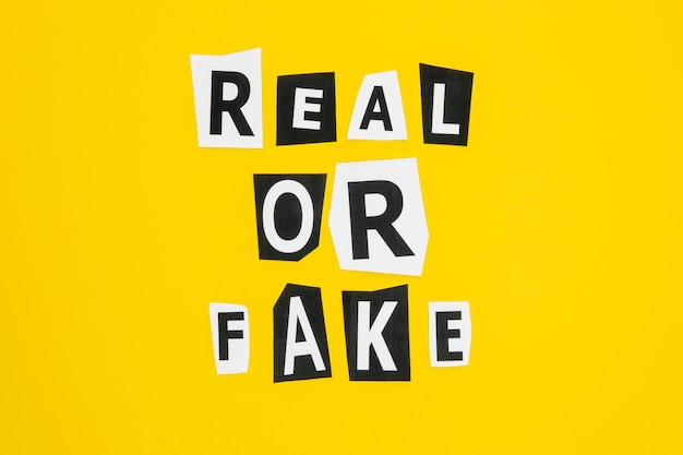 Real fałszywych wiadomości koncepcja mediów społecznościowych