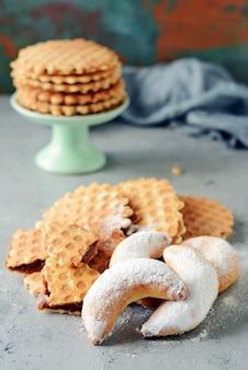 Ręcznie robione ciasteczka i słodycze. prezent. deser słodki wafel. belgijskie gofry.