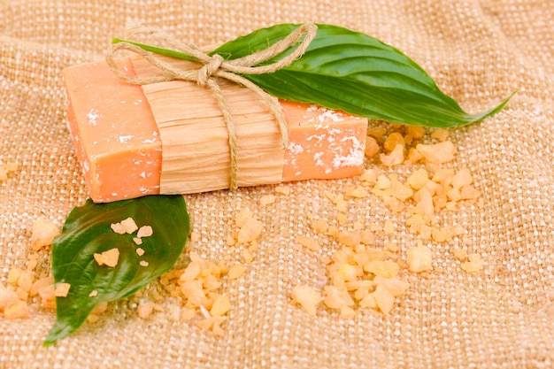 Ręcznie robione mydło naturalne na worze