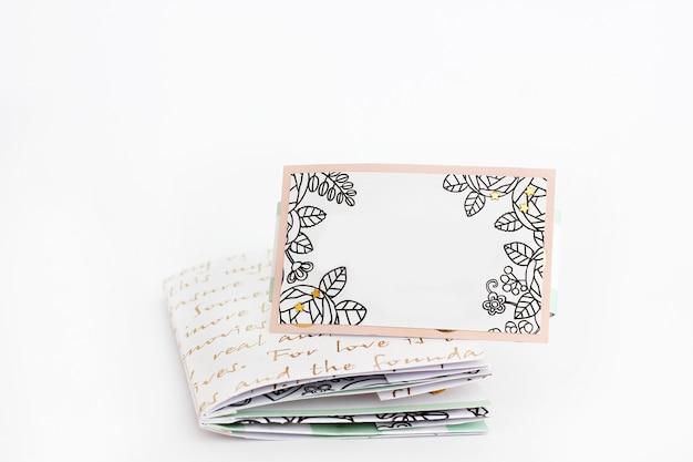 Ręcznie robiony notatnik.