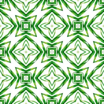Ręcznie rysowane bezszwowe granica zielona mozaika. zielony niebanalny letni szyk w stylu boho. wzór mozaiki. energetyczny nadruk na tekstyliach, tkanina na stroje kąpielowe, tapeta, opakowanie.