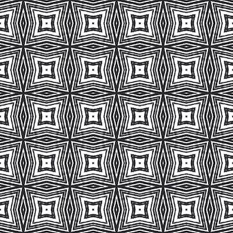 Ręcznie rysowane paski wzór. czarne tło symetryczne kalejdoskop. powtarzające się paski ręcznie rysowane kafelek. tekstylny gotowy nadruk z klasą, tkanina na stroje kąpielowe, tapeta, opakowanie.