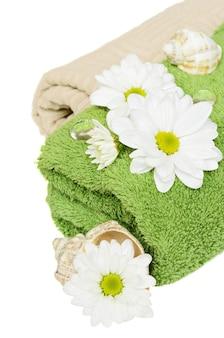 Ręczniki do kąpieli na białym tle