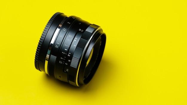 Ręczny obiektyw stałoogniskowy 35 mm w stylu vintage