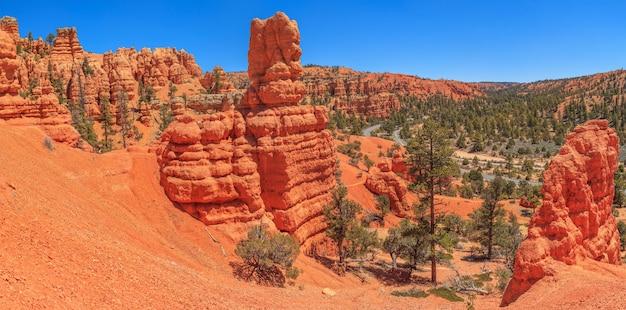 Red canyon utah red canyon znajduje się wzdłuż scenic byway 12, zaledwie 14,5 km od bryce canyon
