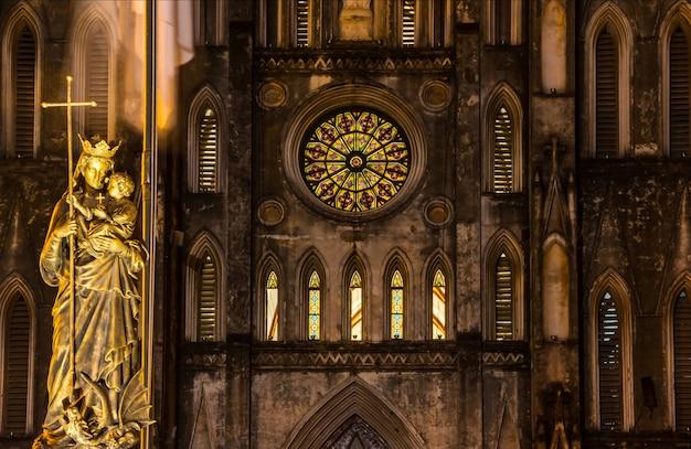 Regina pacis statue, st joseph's cathedral, hanoi