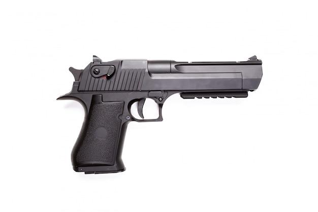 Ręka pistolet odizolowywający na bielu