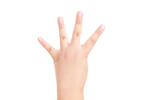Ręka pokazano symbol czterech palców na na białym tle