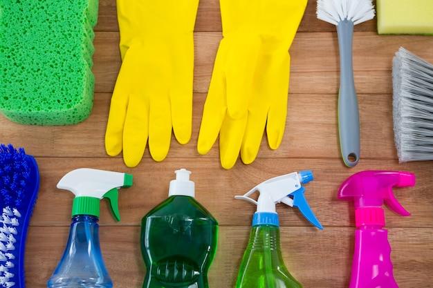 Rękawica ze sprzętem do czyszczenia z góry