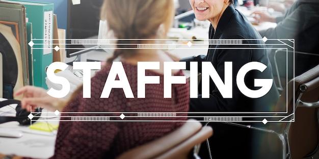 Rekrutacja firmy pracownik zasobów ludzkich koncepcja