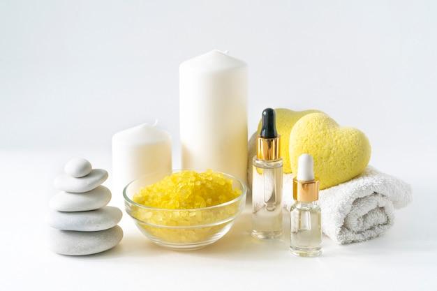 Relaksująca kompozycja produktów do kąpieli