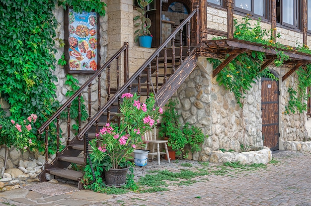Restauracje nad morzem w nesebyrze, bułgaria