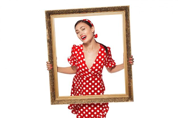Retro rama z retro wizerunkiem seksowna szpilka dziewczyna