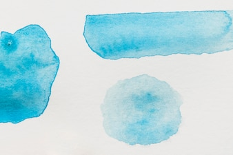 Różny typ błękitny akwarela punkt na białym tle
