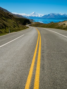 Road to mount cook, nowa zelandia