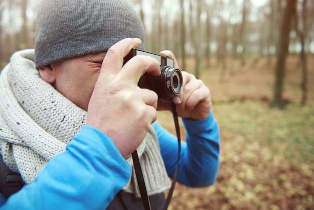 Robienie zdjęć aparatem restro