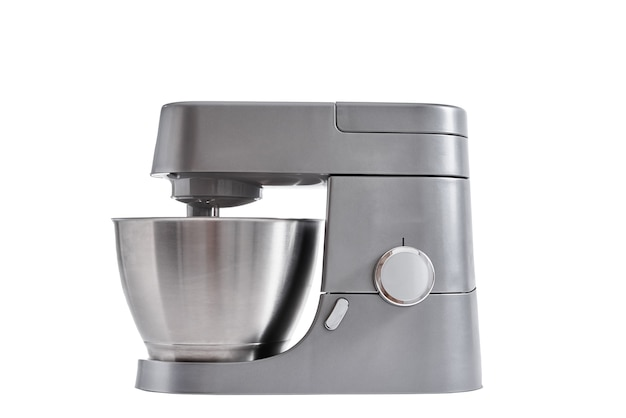Robot kuchenny na białym na białym tle