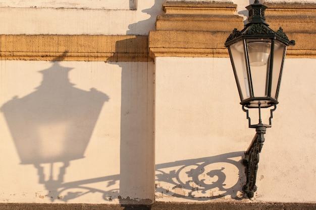 Rocznika lampy uliczne