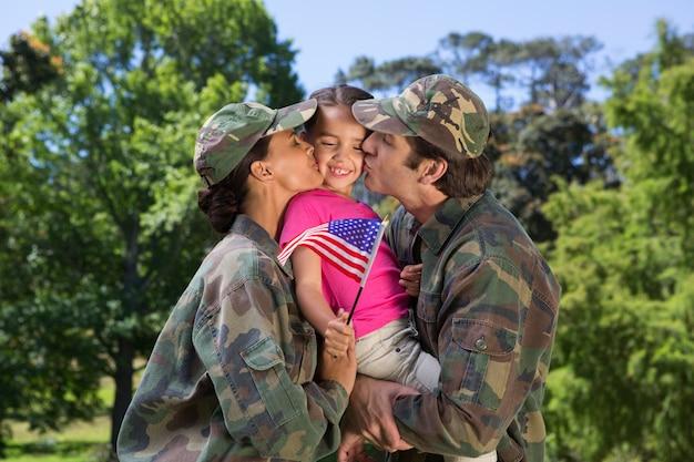 Rodzice armii ponownie spotkali się z córką