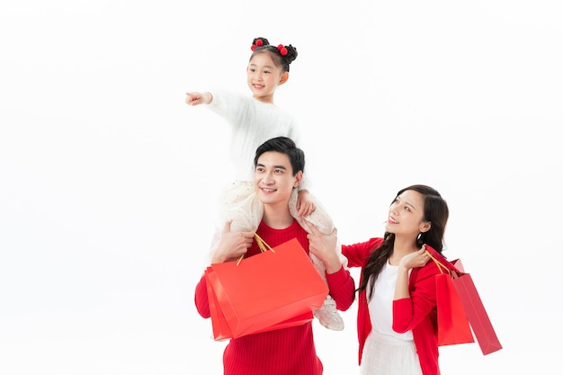 Rodzina razem obchodzi boże narodzenie