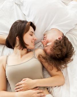 Romantyczna para widok z góry
