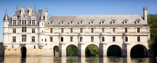 Romantyczny widok zamek chenonceau