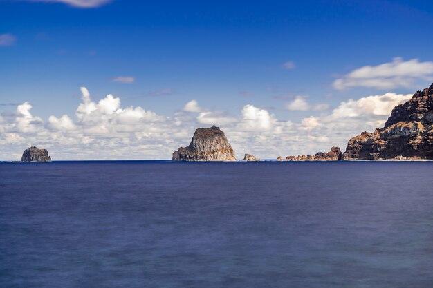 Roques de salmor, skały wulkaniczne, el hierro, wyspy kanaryjskie, hiszpania