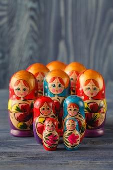 Rosyjskie lalki lęgowe (babuszki lub matrioszki)