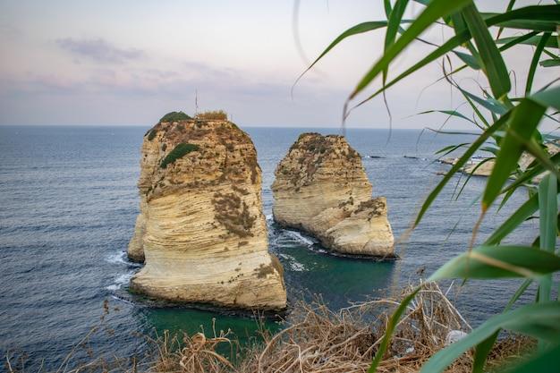 Rouche symbol stolicy libanu beirut pigeon rocks