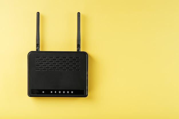 Router w technologii bezprzewodowej sieci lan z urządzeniami opartymi na urządzeniach