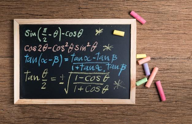 Równania Matematyczne Premium Zdjęcia