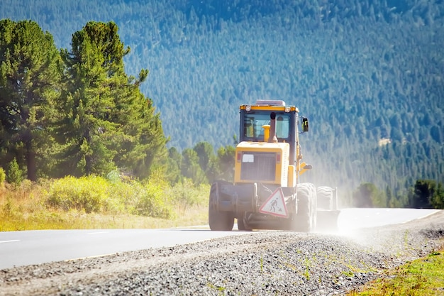 Równiarka maszyny drogowe do asfaltu