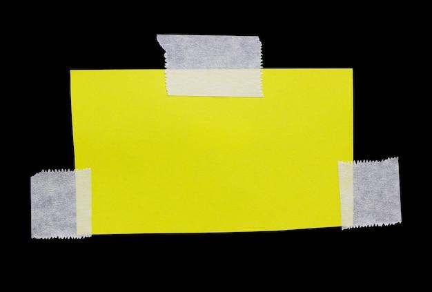 Rozdarty papier z taśmą klejącą miejsce na wiadomośćrozdarty papier z taśmą klejącą miejsce na m