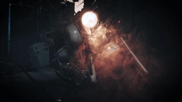 Rozdrabniacz reflektorów w garażu dla motocyklistów