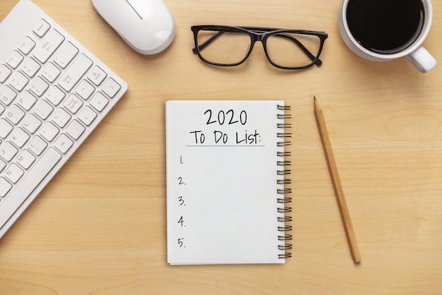 Rozdzielczość na nowy rok lista celów 2020 ustawienie celu