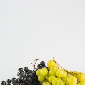Rozkoszne czarno-białe winogrona